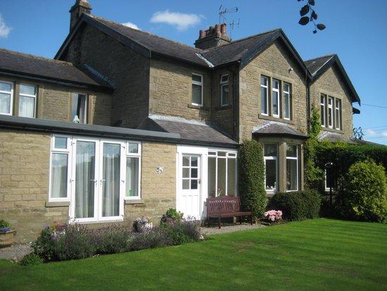 Raines Close Guest House: Raines House Rear View