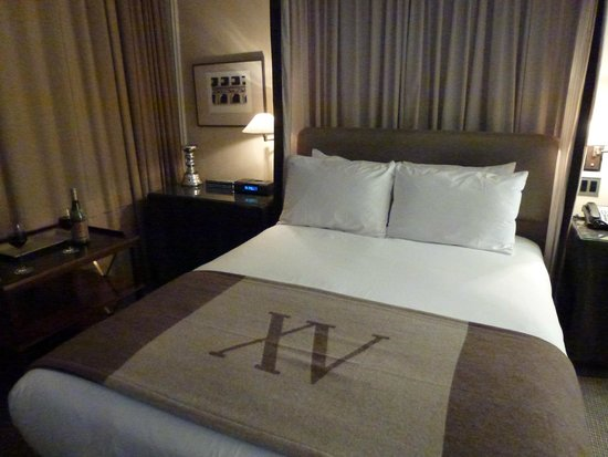 XV Beacon: Wonderful beds with superb Frette linens.