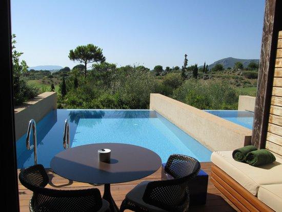 The Romanos Resort, Costa Navarino: Our private pool