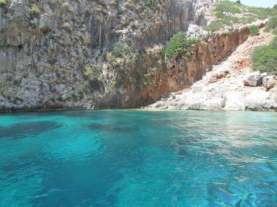 The Romanos Resort, Costa Navarino: Snorkelling site on Proti Island