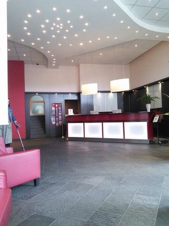 ECONTEL HOTEL Berlin Charlottenburg: Lovely reception at Econtel
