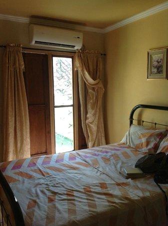 Hostal Milagros Pineda Tamayo : room