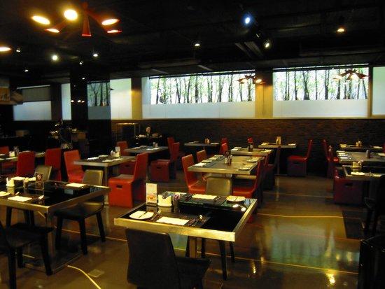 Galleria 10 Sukhumvit: Sala per la colazione