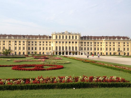 Schonbrunner Gardens: The Palace & Garden