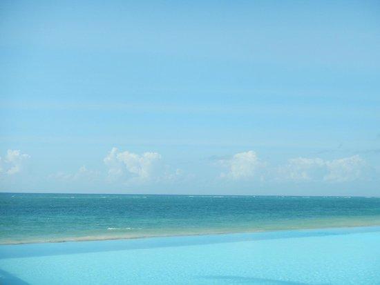 Kole Kole - Baobab Resort Diani: Infinity Pool