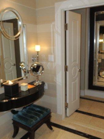 The Palazzo Resort Hotel Casino: Coin boudoir de la salle de bains