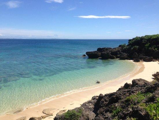 Kudakajima Island: まさに「青い」海