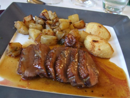 The French House Party, Carcassonne: Another delicious meal