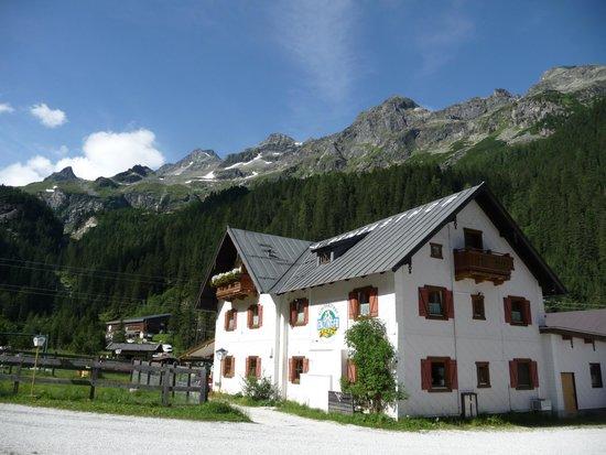 Alpengasthof Enzingerboden: Tolle Lage in der Natur.