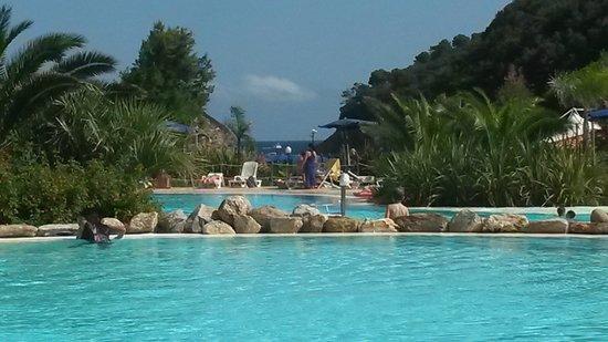 Ortano Mare Village - TH Resorts: Vista piscina - mare