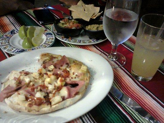 Hard Rock Hotel Cancun: La mejor pizza en horno de piedra