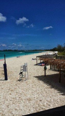 Club Med Columbus Isle : Vista dal Bar sulla spiaggia