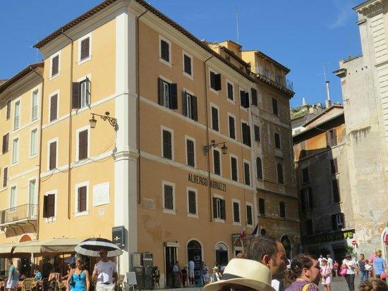 Hotel Abruzzi : Wonderful central location