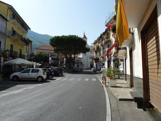 Nido Verde: По улицам Аджеролы