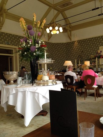 Grand Hotel Kempinski High Tatras: Nice breakfast decoration