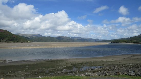 The Mawddach Trail: View looking back across the river