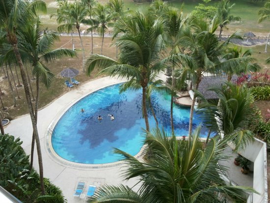 ParkCity Everly Hotel Miri: swimming pool view from the room