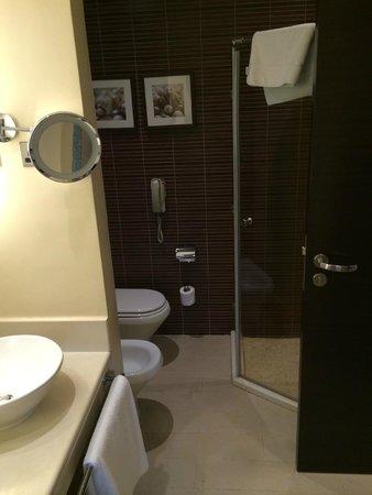 Hilton Ras Al Khaimah Resort & Spa : modern decor