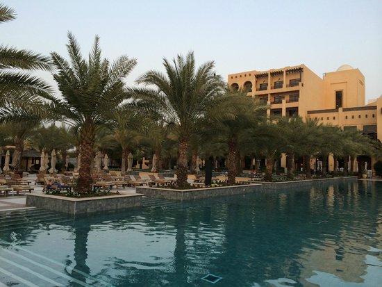 Hilton Ras Al Khaimah Resort & Spa : well appointed resort grounds