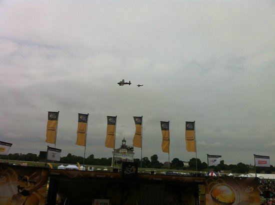 York Racecourse: Lancaster Bomber & HSpitfire Fighter