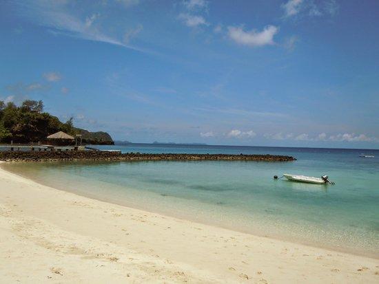 Palau Pacific Resort: Beach