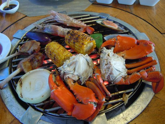 Palau Pacific Resort: BBQ-Surf&Turf