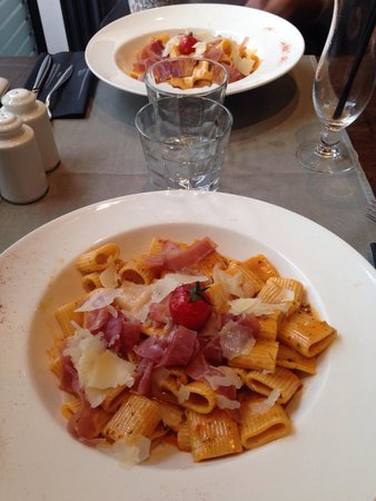 Restaurant La Villa : Pâtes au pesto rosso