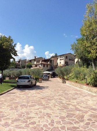 Hotel La Terrazza & SPA: l'albergo visto dall'ingresso