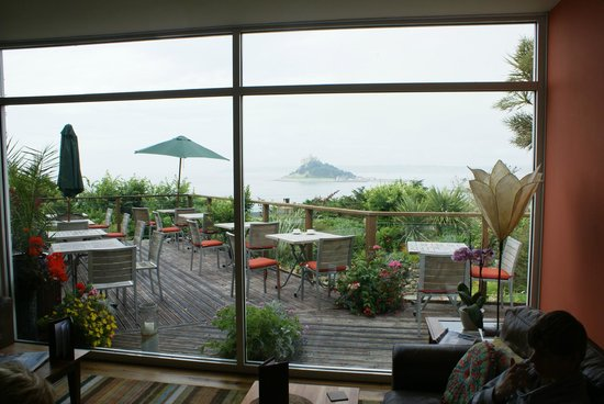 Mount Haven Hotel & Restaurant: view from the bar at the terrace