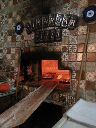 Cinarlar Pizza and Pide: cinarlar  taş fırın