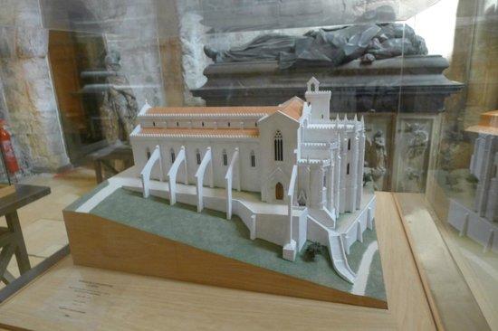 Carmo Archaeological Museum: The original building