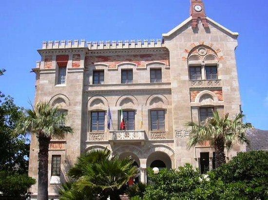 Isola di Favignana, Italia: FAVIGNANA 5 - Palazzo Florio 2