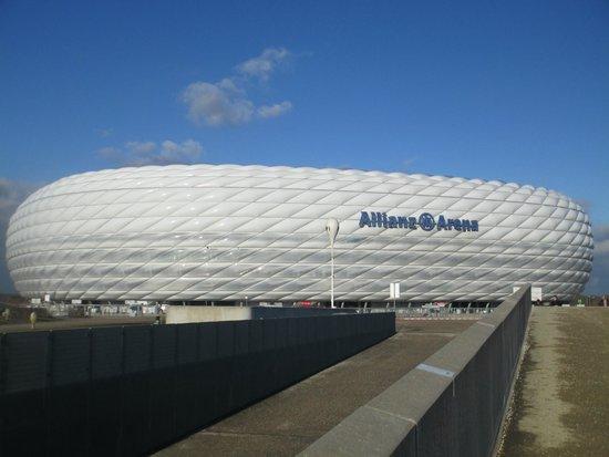 Allianz Arena: Arena