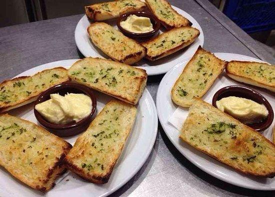 Restaurante Bar La Oca : Pan con alioli