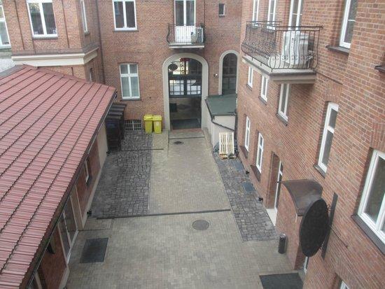 Hotel Maksymilian: Hotel courtyard