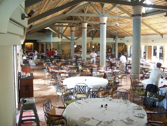 Preskil Beach Resort: Restaurant principal
