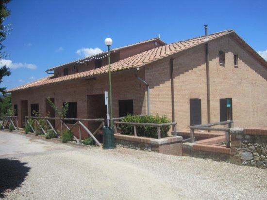 Villa Gloria: L'ingresso