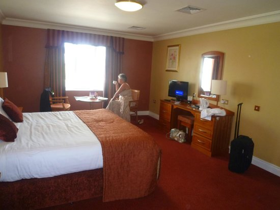 Canal Court Hotel & Spa : Room with all essentials