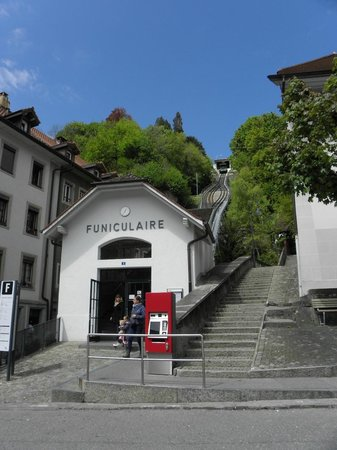 Funiculaire Fribourg: 入口