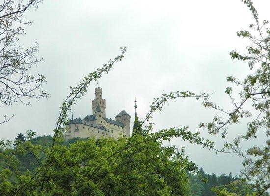 Schloss Marksburg: Marksburg Castle from Braubach