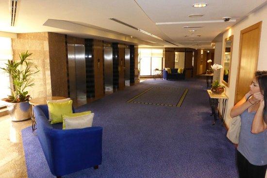 Le Royal Meridien Beach Resort & Spa: Gong zu den Zimmern 7. OG