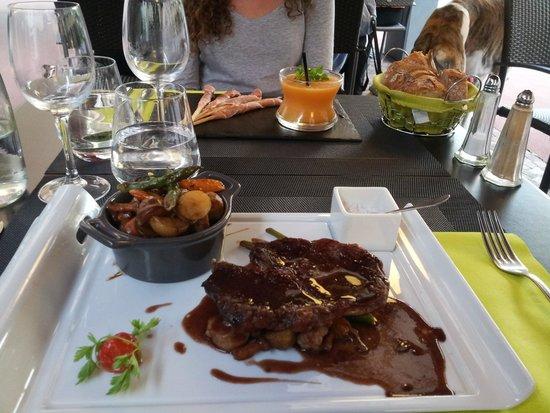 L'Amadone: cocotte de légumes avec pièce de viande