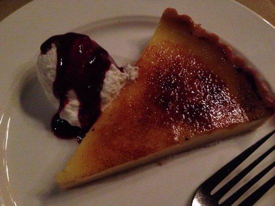 Cat & The Custard Cup: Lemon tart brûlée -- likely one of the best lemon desserts ever had!