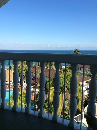 Beachcomber Resort and Villas: Great View, Great Balcony