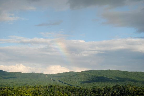 La Quinta Inn Wytheville : Minus the rainbow, this was our view from the room every day.
