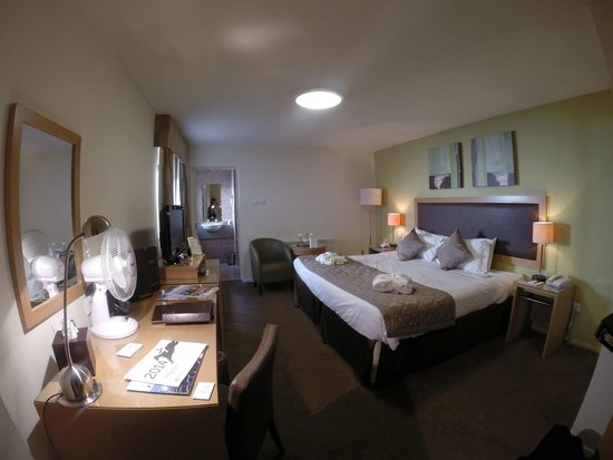 Western House Hotel: Lovely room