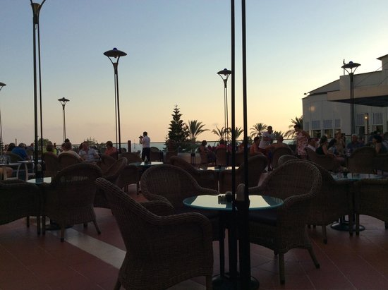 SENTIDO Perissia: Bar / lounge