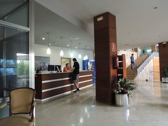 Hotel Imperial Tarraco: フロント