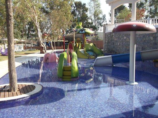 Tusan Beach Resort: Kids pool