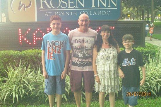Rosen Inn at Pointe Orlando: Hotel grounds